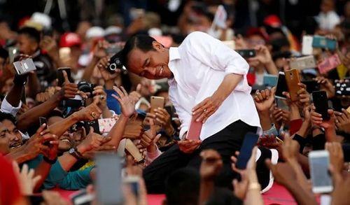 Gần 70 nhân viên và cảnh sát Indonesia tử vong do kiệt sức vì bầu cử - Ảnh 2