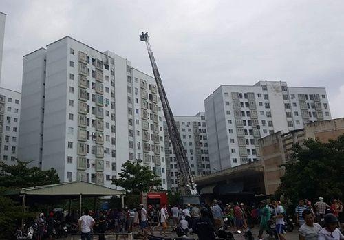Đà Nẵng: Cháy căn hộ tầng 12 chung cư nghi do nổ gas - Ảnh 1