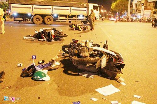 Vụ xe BMW gây tai nạn liên hoàn ở Hàng Xanh: Nạn nhân bức xúc trước thái độ của nữ tài xế - Ảnh 1