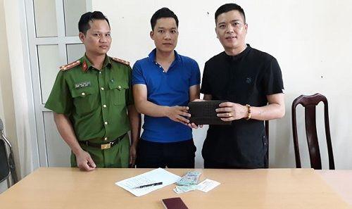 Hạ Long: Trả lại 30 triệu đồng đánh rơi cho người đàn ông Trung Quốc - Ảnh 1