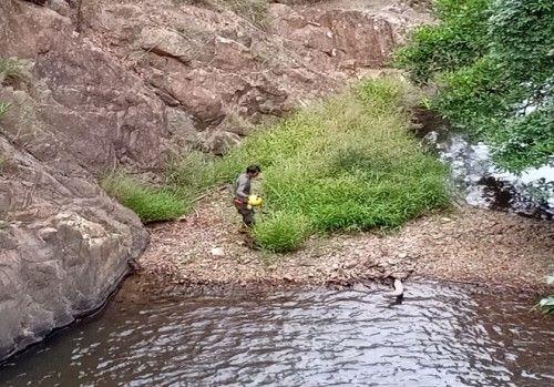 Công an khám nghiệm thi thể nam phượt thủ mất tích trên núi Tà Năng - Phan Dũng - Ảnh 1