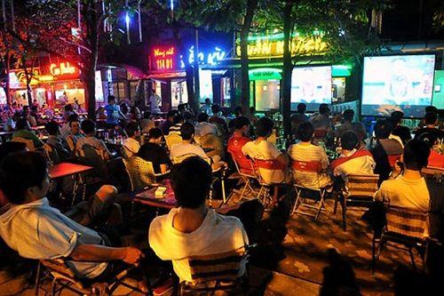 VTV: Các quán cà phê được chiếu World Cup miễn phí, không cần xin phép FIFA - Ảnh 1