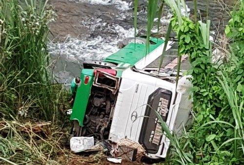 Tin tức mới nhất vụ tai nạn trên đèo Lò Xo: 5 người đã được xuất viện - Ảnh 1