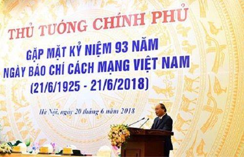 Thủ tướng Nguyễn Xuân Phúc chúc mừng, biểu dương sự nỗ lực của đội ngũ những người làm báo - Ảnh 1