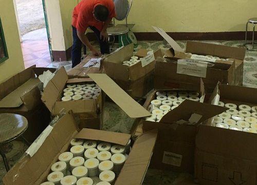 Nghệ An: Thu giữ hơn 1.000 lọ mỹ phẩm không rõ nguồn gốc, xuất xứ - Ảnh 1