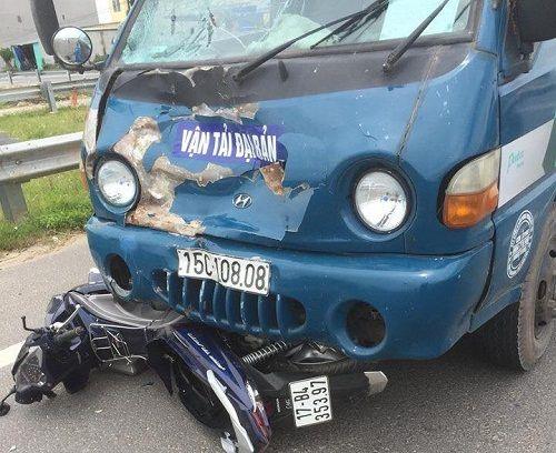 Thái Bình: Va chạm với xe tải, hai vợ chồng thương vong - Ảnh 1