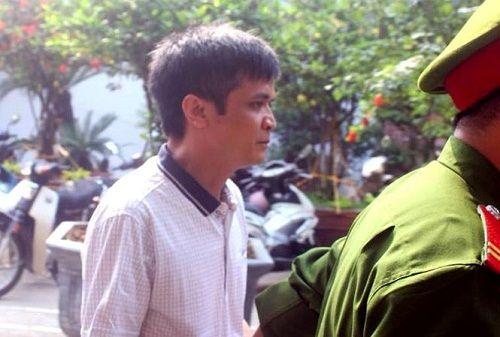 Tuyên phạt thầy giáo dâm ô với 7 học sinh 6 năm tù giam, cấm dạy học trong 5 năm - Ảnh 1