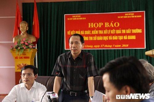 Họp báo công bố gian lận điểm thi THPT quốc gia 2018 tại Hà Giang: Hơn 300 bài thi bị sửa điểm - Ảnh 2