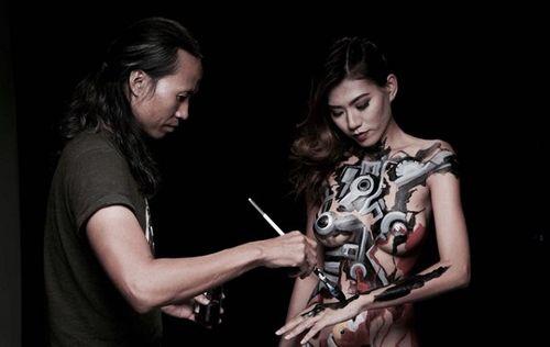 """Người mẫu Kim Phượng: """"Mong công an sẽ cho Ngô Lực vẽ lại trên cơ thể tôi một lần nữa"""" - Ảnh 2"""