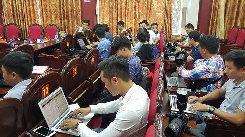"""Tổ chức họp báo vụ """"san phẳng"""" thủ phủ ma túy ở Lóng Luông - Ảnh 2"""