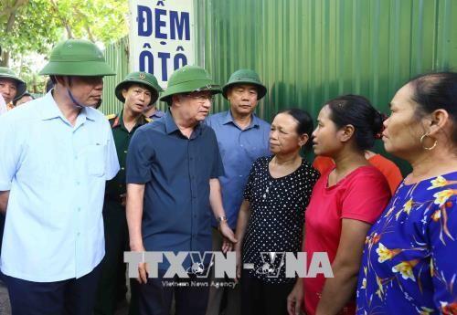Phó Thủ tướng Trịnh Đình Dũng chỉ đạo khắc phục sạt lở tại Hòa Bình - Ảnh 3