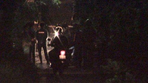 Truy bắt hai nghi phạm sát hại tài xế Grab giữa đêm tối - Ảnh 2