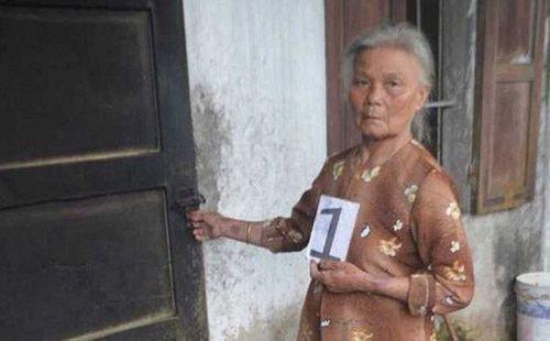 """Khởi tố cụ bà 70 tuổi từng mang án treo vẫn đến """"hỏi thăm"""" nhà dân  - Ảnh 1"""