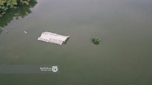 """Quốc Oai: Tuyến đường ngập úng thành địa điểm 'sống ảo"""" của các chị em - Ảnh 2"""