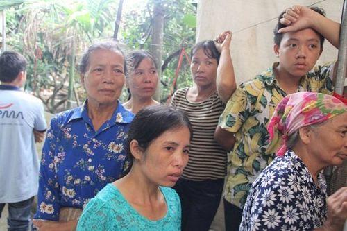 Vụ 2 vợ chồng bị giết hại tại Hưng Yên: Xót xa cảnh người đầu bạc tiễn kẻ đầu xanh - Ảnh 8
