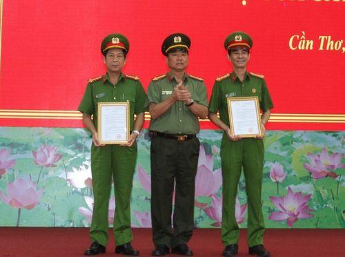 Cần Thơ, Đà Nẵng, Hải Phòng bổ nhiệm hàng loạt lãnh đạo Công an - Ảnh 2