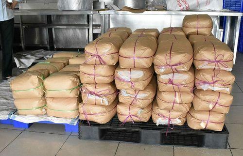 """Vụ quán cơm tấm Kiều Giang: Thêm 3 ngày để chứng minh nguồn gốc 1.029kg gia vị """"lạ"""" - Ảnh 1"""