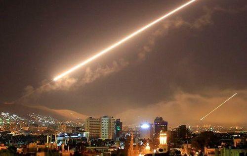 Mỹ xác định hàng loạt mục tiêu tấn công nếu Syria dùng vũ khí hóa học - Ảnh 1