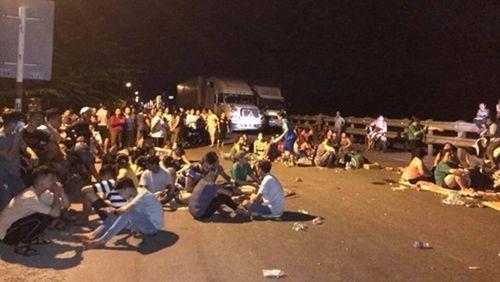 Khởi tố 9 đối tượng kích động người dân chặn đường quốc lộ trong đêm  - Ảnh 1