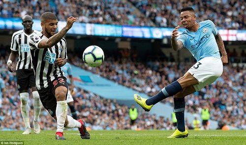 Thắng nhọc nhằn Newcastle, Man City vươn lên vị trí thứ 3 trên bảng xếp hạng - Ảnh 1