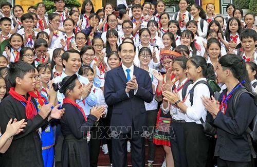 Chủ tịch nước Trần Đại Quang luôn dành tấm lòng yêu thương cho thiếu niên, nhi đồng - Ảnh 8