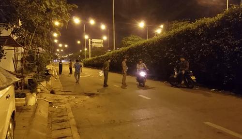 TP.HCM: Điều tra vụ nhóm công nhân bốc vác bị chém gục trong đêm - Ảnh 1