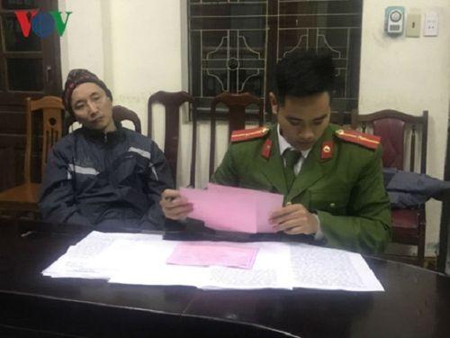 Quảng Ninh: Cầm súng tự chế, ép nhân viên ngân hàng chuyển 1 tỷ đồng vào tài khoản - Ảnh 1