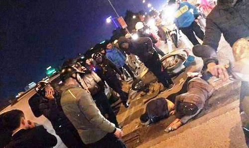 Thanh Hóa: Xe Innova tông liên hoàn 2 xe máy, 4 người bị thương nặng - Ảnh 2