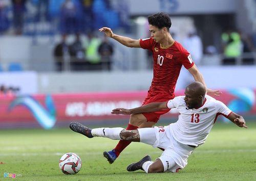 Tiền đạo trụ cột của Nhật Bản bị treo giò trước tứ kết, Việt Nam thêm hy vọng chiến thắng - Ảnh 2