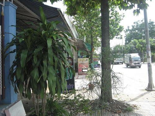 """Thâm nhập """"cung đường đèn mờ"""" mới nổi tại Đồng Nai: Tiết lộ giật mình ở chốn """"mặc cả thân xác"""" - Ảnh 1"""