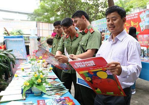Ninh Thuận: Náo nức khai mạc Hội Báo xuân Kỷ Hợi 2019 - Ảnh 3