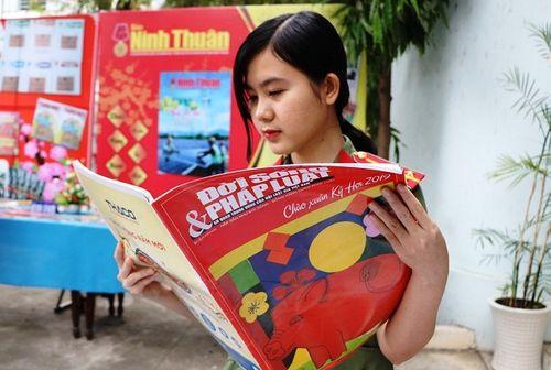 Ninh Thuận: Náo nức khai mạc Hội Báo xuân Kỷ Hợi 2019 - Ảnh 6