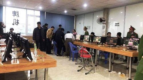 Lào Cai: Bắt hàng chục đối tượng người nước ngoài đánh bạc trá hình trò chơi điện tử - Ảnh 2