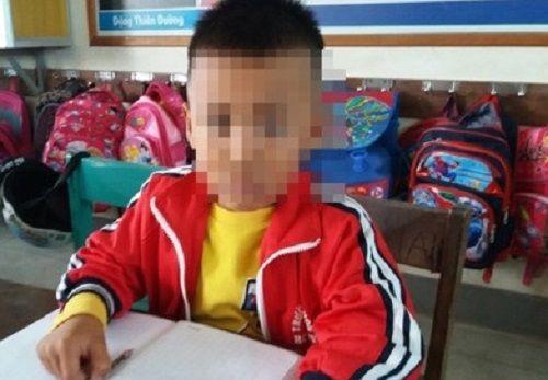Đề nghị tạm đình chỉ nữ giáo viên tát học sinh lớp 1 vì làm nhầm đề kiểm tra - Ảnh 2