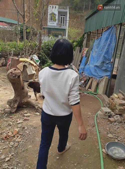 Nhân chứng đầu tiên phát hiện thi thể nữ sinh bị sát hại ở Điện Biên: Bàng hoàng khi chồng bị triệu tập - Ảnh 2