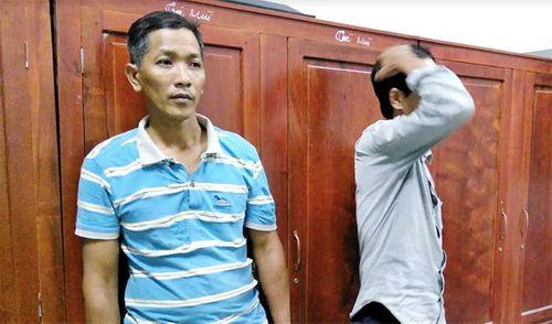 Tiền Giang: Đột kích sới gà, bắt giữ hai đối tượng và 26 xe máy - Ảnh 1