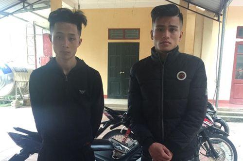 Quảng Bình: Hàng loạt ca tai nạn nguy kịch do nổ pháo phải nhập viện đêm 30 Tết - Ảnh 3