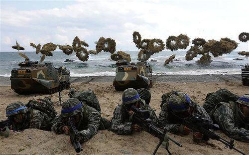 Hàn Quốc tăng đóng góp lên gần 1 tỉ USD để chia sẻ chi phí cho quân đội Mỹ - Ảnh 1