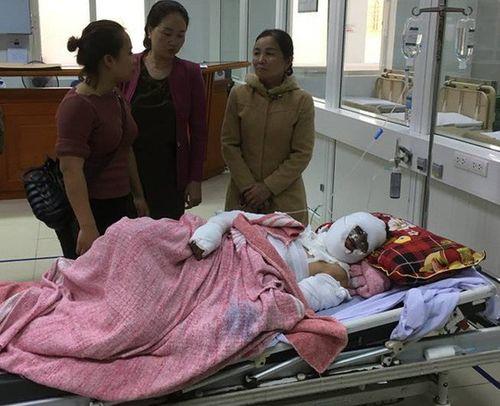 Nghệ An: Nổ bình gas trên tàu cá, 6 ngư dân bị thương nặng - Ảnh 2