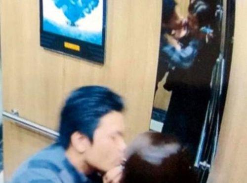 """Báo nước ngoài đưa tin về vụ """"yêu râu xanh"""" sàm sỡ nữ sinh trong thang máy bị phạt 200 nghìn đồng - Ảnh 1"""