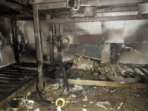 Quảng Ninh: Giải cứu thành công 5 du khách nước ngoài mắc kẹt trong đám cháy khách sạn - Ảnh 3