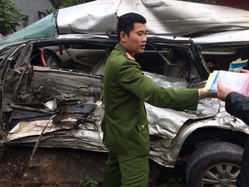 Tin tai nạn giao thông mới nhất ngày 25/3/2019: Xe ben tông sập nhà, 2 vợ chồng đang ngủ tử vong - Ảnh 1