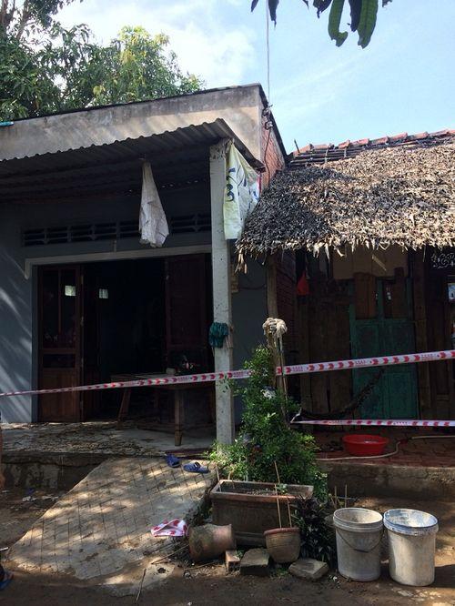 Vĩnh Long: Điều tra vụ người đàn ông phóng hỏa tự thiêu trong nhà - Ảnh 4