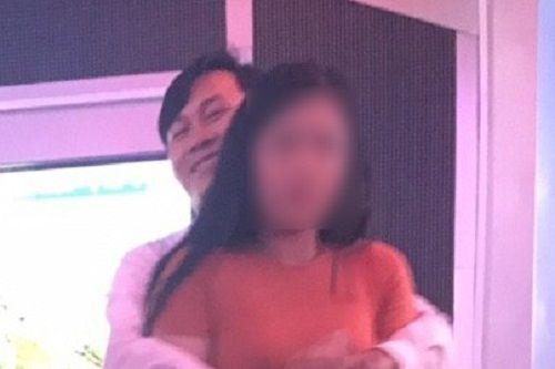 Bà Rịa–Vũng Tàu: Làm rõ hình ảnh cán bộ có hành vi phản cảm trong phòng karaoke - Ảnh 1