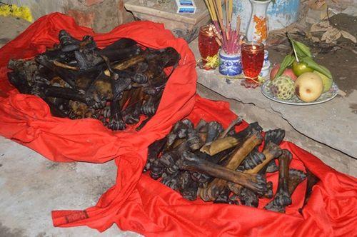 Sóc Trăng: Phát hiện nhiều mẫu vật nghi xương người dưới hố sâu - Ảnh 1