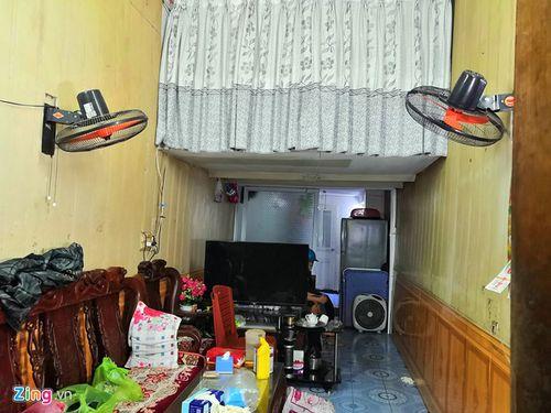 Vụ thầy cúng truy sát cả nhà hàng xóm: Nghi phạm đâm các nạn nhân đến gãy dao - Ảnh 2