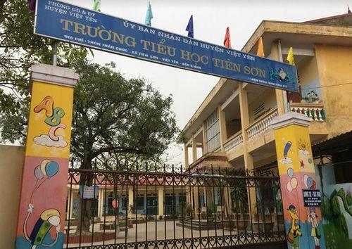 Vụ thầy giáo bị tố dâm ô 13 học sinh ở Bắc Giang: Không có dấu hiệu bị xâm hại - Ảnh 1