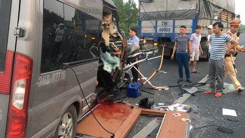 Vụ tai nạn 4 người thương vong ở Ninh Bình: Xe Limousine từng đâm chết 1 người - Ảnh 2