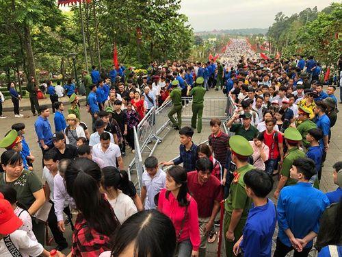 Hai ngày nghỉ lễ Giỗ Tổ Hùng Vương, 41 người tử vong vì tai nạn giao thông - Ảnh 2