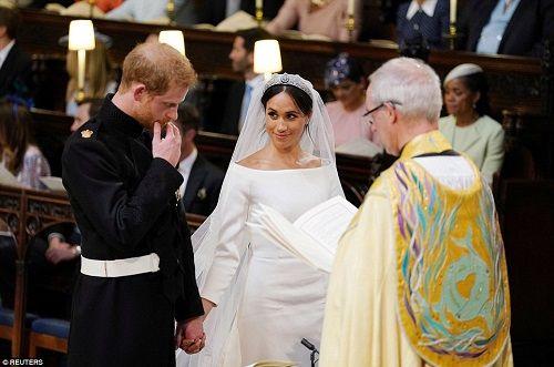 Những khoảnh khắc đẹp như mơ trong đám cưới cổ tích của Hoàng tử Harry - Ảnh 10